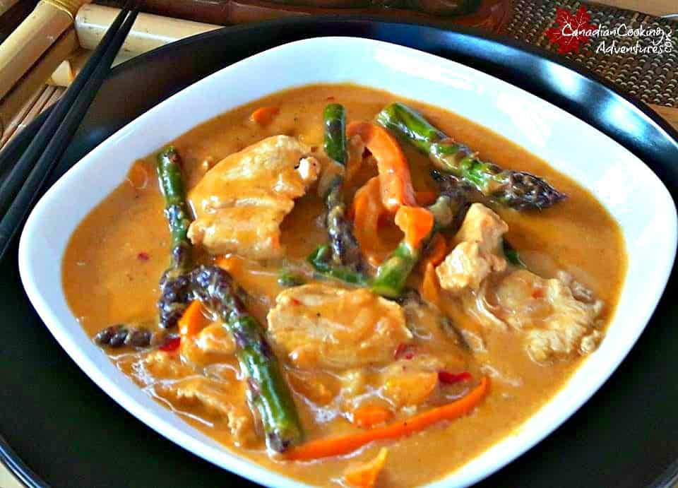 how to make chicken curry with red curry paste