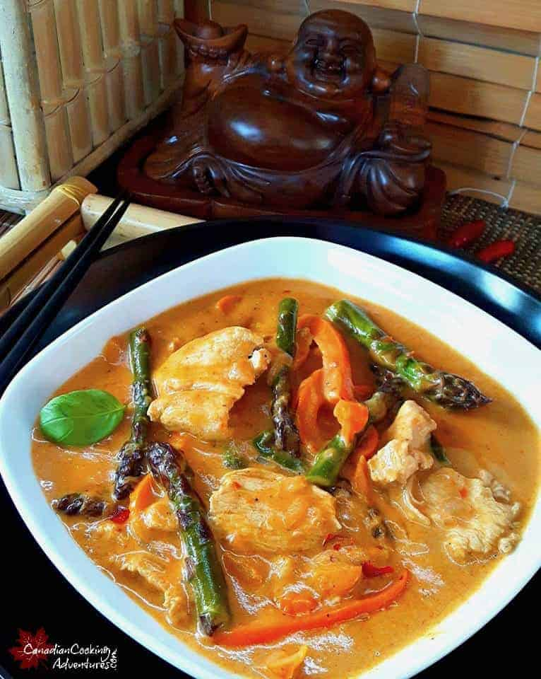 Red thai chicken curry asparagus for Best thai red curry