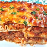 Traditional Beef and Cheese Lasagna