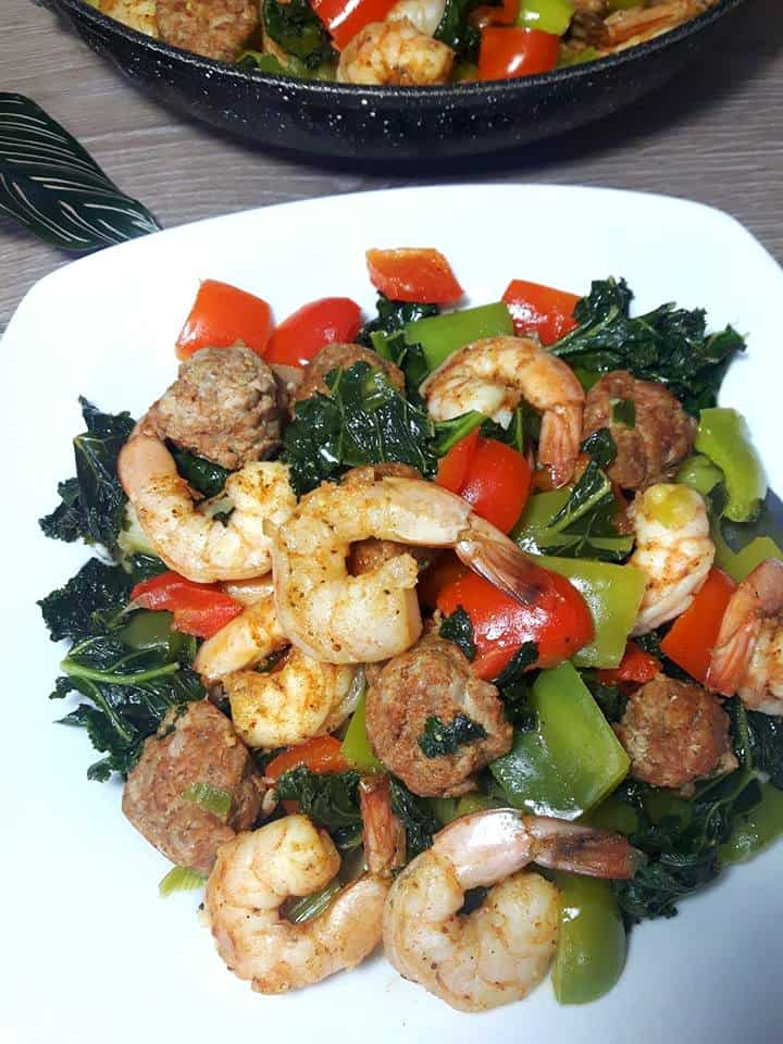 This Spicy cajun shrimp and chorizo sausage skillet with bell peppers and kale