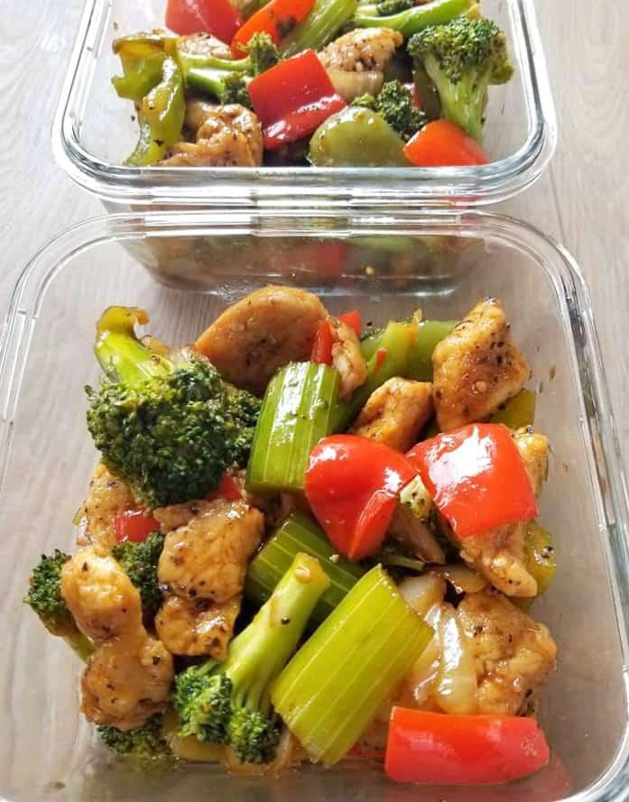 Black Pepper Chicken meal prep bowls