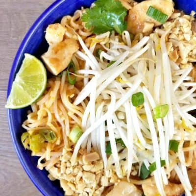 Chicken Pad Thai in under 30 minutes! On the blog now :) #Chicken #Pad #Thai #thailand #recipe #recipes #chives #beans #tamarind #paste #yummy #thairecipes