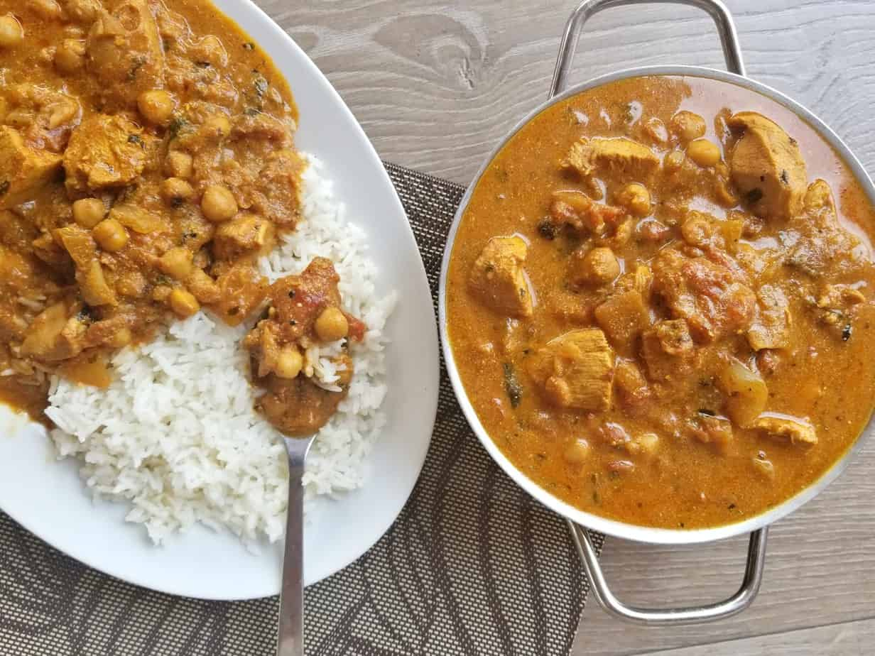 One Pot Chicken Chickpea Curry
