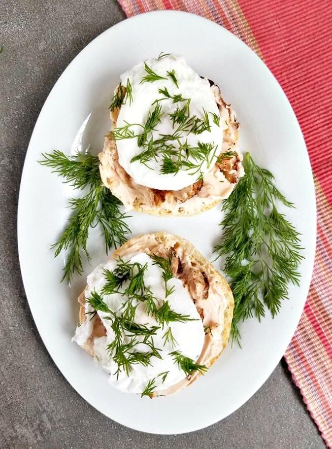 Smoked Salmon Poached Egg English Muffins